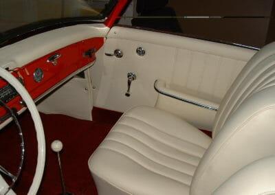 Intérieur de Mercedes 190