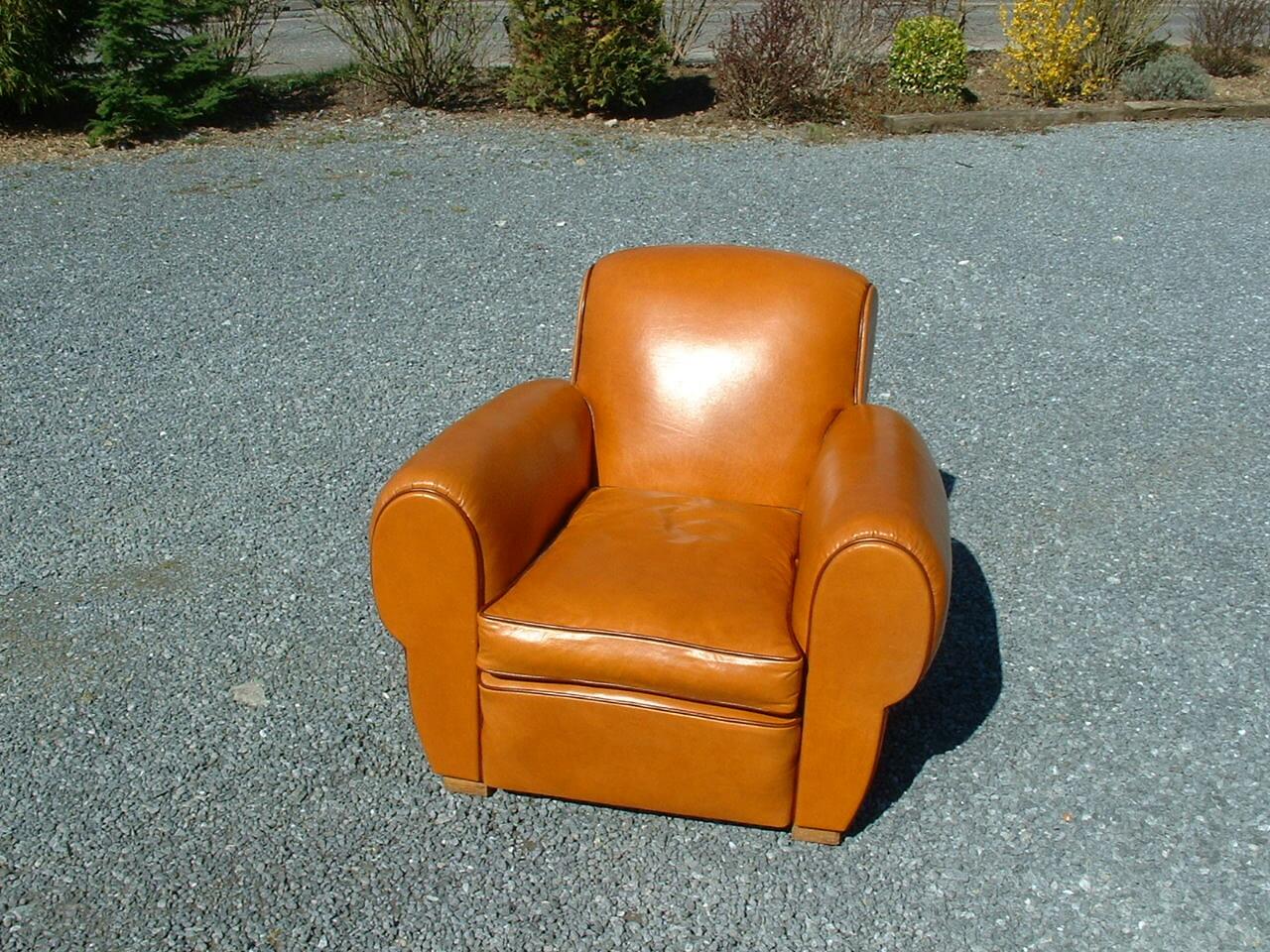 garnissage de fauteuils club en cuir et en tissu nos r alisations. Black Bedroom Furniture Sets. Home Design Ideas
